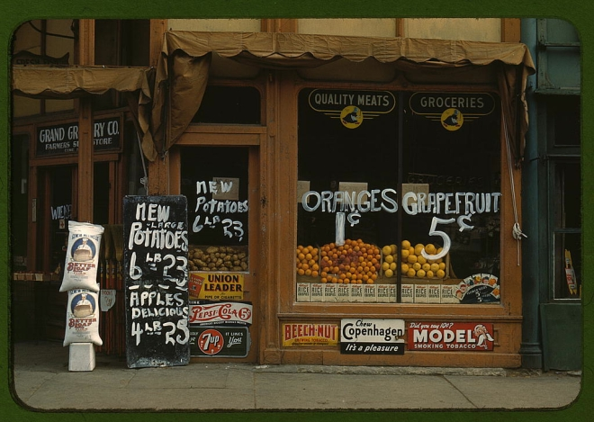 Photograph of Lincoln Nebraska grocery store window 1942
